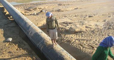 ضبط مزارع سرق خطوط البترول المارة بأرضه الزراعية فى بنى سويف