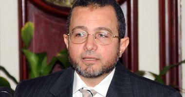 هشام قنديل من رئيس قطاع النيل إلى وزير الموارد المائية والرى