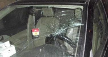 القبض على ربة منزل بتهمة سرقة سيارة وسلاح من شاب بعد استدراجه لممارسة الرذيلة