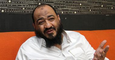 السلفى الشحات مكروها ومطرودا خارج البرلمان وبرضة بالصندوق Smal720113162720