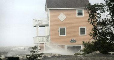 مصرع 7 أشخاص بالولايات المتحدة بسبب إعصار أرين Smal820112893528