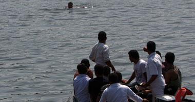 انتشال جثة شاب من مياه الساحل أسفل كوبرى النقل بمنطقة القابوطى فى بورسعيد