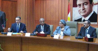 عائشة عبد الهادى: مصر ليس لديها بطالة ولا تعانى منها