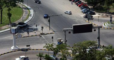 صحف بريطانية: أغنياء مصر يواصلون أعمالهم وأبناؤهم يشاركون فى المظاهرات