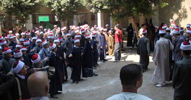 مدير الإدارة المركزية للأزهر بسوهاج يحيل 5 موظفين للمحاكمة التأديبية