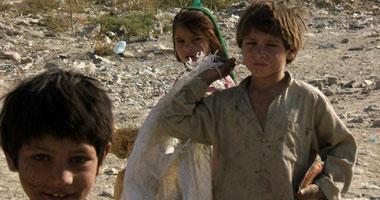 دراسة: 5.3 مليون أسرة مصرية تصارع الفقر