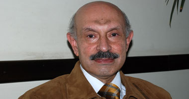 الدكتور أحمد الموصلى استشارى الأنف والأذن والحنجرة