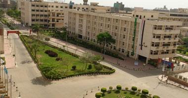 مدير المستشفيات بجامعة الزقازيق يحرر محضرا ضد 23 ممرضا احتجزوه فى مكتبه