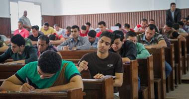 """انتهاء الفترة الأولى لامتحانات """"عين شمس"""" وغياب تظاهرات طلاب الإخوان"""