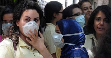 ارتداء الكمامات والتوقف عن البصق على الأرض يجنبك فيروسات الطقس السيئ