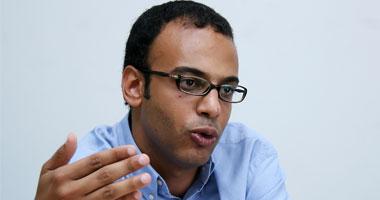حسام بهجت: مريض الإيدز محروم من العمل