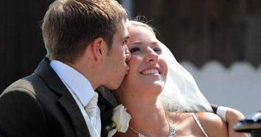 بالصور.. لهذه الأسباب يتزوج لاعبو أوروبا مبكرا