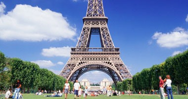 فرنسا تسجل ارتفاع غير مسبوق بدرجات الحرارة واستعدادات خاصة لتفادى الآثار