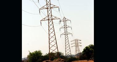 الكهرباء: نتابع عن كثب مبادرة توليد الطاقة النظيفة من الصحراء