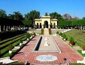 هل وثقت وزارة السياحة والآثار محتويات حديقة الأندلس؟