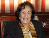 فرخندة حسن: المرأة المصرية نالت حقوقها فى الدستور والقوانين على الورق فقط