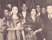 """رواد """"تويتر"""" يتداولون صورة نادرة لأم كلثوم مع فيروز ونجاح سلام"""