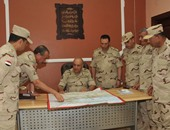 بالصور.. رئيس الأركان يراجع الخطط والإجراءات الأمنية بالعريش.. ويلتقى شيوخ سيناء