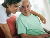 أعز الولد.. رعاية الحفيد تخفض خطر الشعور بالوحدة والعزلة الاجتماعية