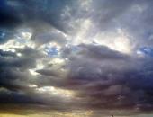 نشرة الأرصاد والحالة المرورية: موجة من التقلبات الجوية تبدأ اليوم الاثنين.. أمطار خفيفة على القاهرة.. وغزيرة ورعدية على وسط وجنوب سيناء.. والمرور: كثافات أسفل الطريق الدائرى بدأت فى الانحصار