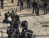 قوات الاحتلال الإسرائيلى تصيب فتاة فلسطينية وتعتقل أخرى برام الله