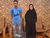 القبض على ربة منزل وعاطل لاتهامهما بسرقة صيدلية فى الإسماعيلية