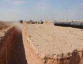 بالصور.. تنفيذ أول خط مياه لمشروع العاصمة الإدارية الجديدة