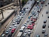 النشرة المرورية.. كثافات أعلى محاور القاهرة مع بدء الفصل الدراسى الجديد