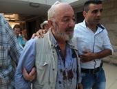 بالصور.. إصابة ناشط بريطانى فى مواجهة مع مستوطنين إسرائيليين بنابلس