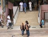 مرشحة تجوب شوارع الطالبية بسيارة مكشوفة لحث المواطنين على انتخابها