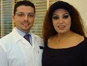 بالصور.. تعرف على طبيب أسنان المشاهير الذى لا يعرفه أحد