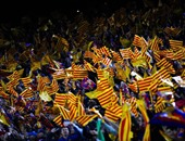 """الصحف الإسبانية: الخلافات الداخلية لانفصاليين حول الرئيس الجديد تؤخر تحدى كتالونيا بالاستقلال.. والأزمة بين إسبانيا والإقليم سياسية ولابد من إبعاد المحاكم.. والدستورية: خرق تعليق الاستقلال """"عصيانا"""""""