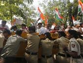 مظاهرات فى مدينة مومباى احتجاجا على ارتفاع الأسعار