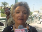 """بالفيديو..مواطنة لرؤساء أحياء القاهرة:"""" غرقانين فى القمامة حرام عليكم"""""""