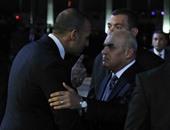 بالفيديو والصور.. وزير الدفاع يشارك فى عزاء الكاتب الراحل جمال الغيطانى