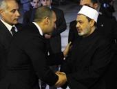 بالصور..انتهاء عزاء الكاتب الكبير جمال الغيطانى بمسجد المشير طنطاوى