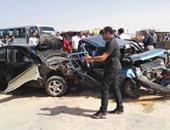 مصرع شخص صدمته سيارة مسرعة على طريق الخارجة فى الوادى الجديد