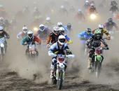 بالصور.. منافسة قوية بين 2500 مشارك بسباق الدراجات النارية بالسويد