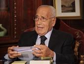 يوسف القعيد يزور ضريح الأستاذ محمد حسنين هيكل فى الذكرى الأولى لرحيله