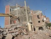 انهيار منزل من طابقين بالجمالية فى قنا.. وإنقاذ 3 مصابين والبحث عن آخرين