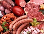 """""""اللحوم المصنعة خطر على صحتك"""".. ساندوتشات البرجر واللانشون تصيبك بالسرطان.. و""""البيطريين"""": محال بير السلم يخلطونها باللحوم منتهية الصلاحية وأحشاء الحيوانات.. واستخدام الصبغات يزيد من مخاطر الإصابة بسرطان المعدة"""
