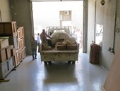 بالصور.. نقل 26 قطعة أثرية من أخشاب مركب خوفو للمتحف الكبير