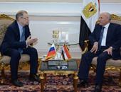 وزير الإنتاج الحربى يستقبل السفير الروسى لبحث التعاون فى الصناعات العسكرية
