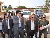 """بالصور ..وزير الرى ومحافظ الإسماعيلية ومدير الأمن يتفقدون""""قرية الأمل"""""""