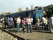 بالصور..توقف حركة القطارات القادمة من الإسكندرية بسبب تعطل إحدى العربات