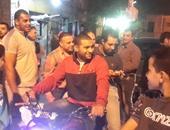 """بالصور..النائب أحمد مرتضى ينهى جولته فى """"بين السرايات"""" مستقلا """"موتوسيكل"""""""