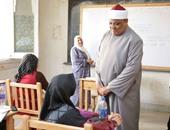 عباس شومان يتابع بدء الدراسة بمعاهد البعوث ويبدى استياءه لغياب الطلاب