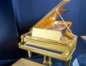 """توقعات ببيع بيانو """"الفيس بريسلى"""" بنصف مليون دولار ولوحة لـ""""أميديو موديليانى"""" بـ100 مليون"""