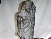 """إخلاء سبيل 4 متهمين بحيازة تمثال أثرى """"مقلد"""" فى أسوان"""