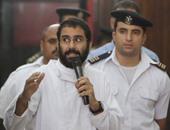 """شاهد بـ""""أحداث الشورى"""": رأيت علاء عبد الفتاح وآخرين يضربون """"عماد طاحون"""""""